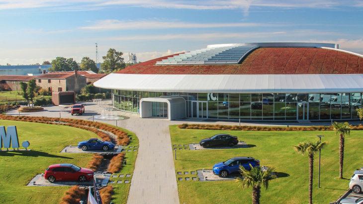 RCM est le distributeur des 5 marques Toyota, Lexus, Mercedes-Benz, Porsche et Bénéteau.